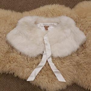 Forever 21 Faux Fur Shrug in Winter White